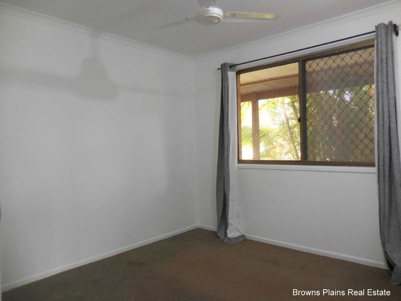 28 Oakdale Street, Browns Plains QLD 4118, Image 2
