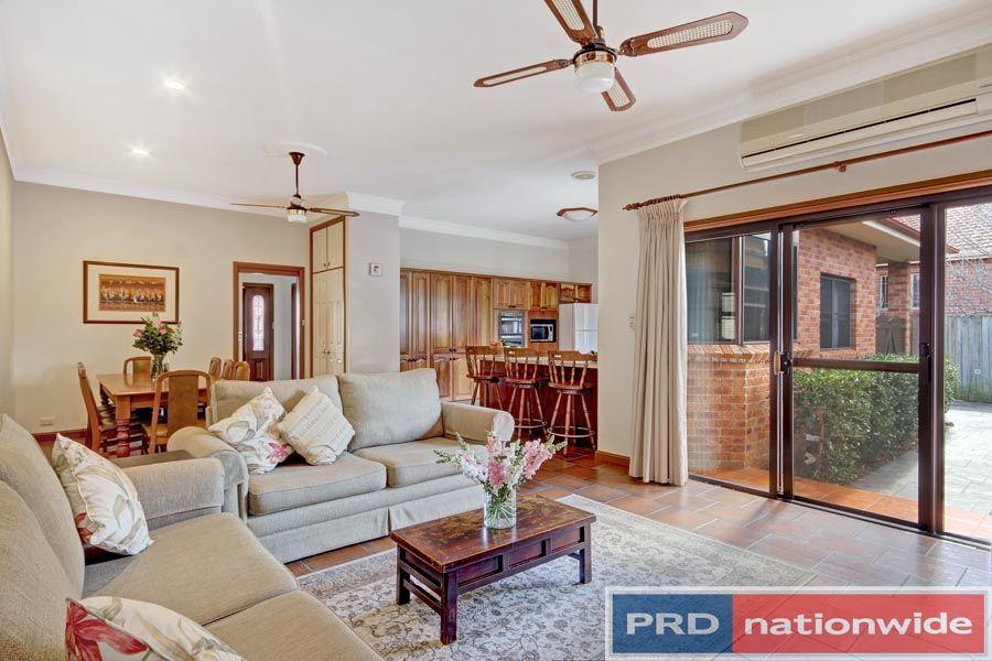 71 Gungah Bay Road, Oatley NSW 2223, Image 2