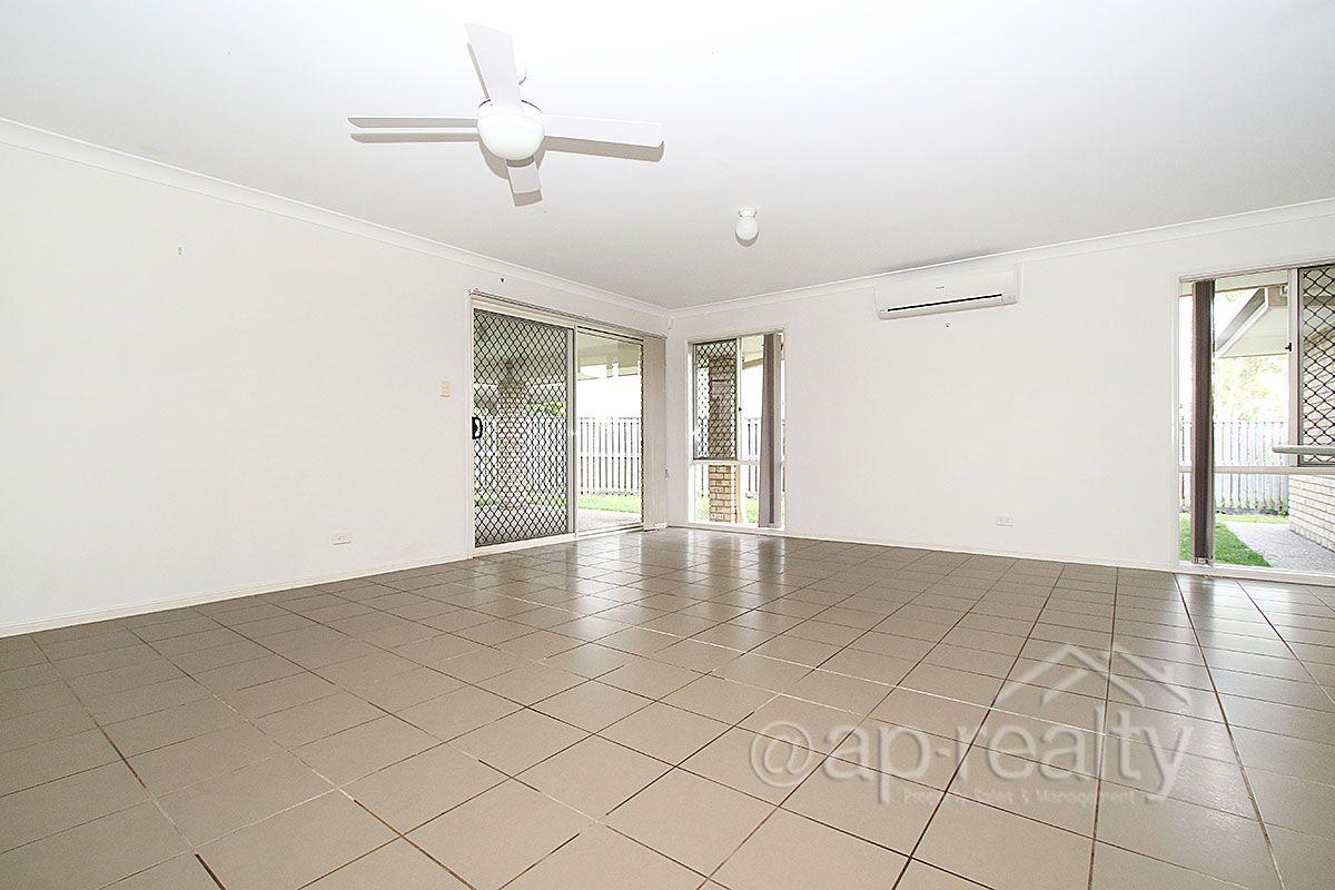 51 Paperbark Crescent, Heathwood QLD 4110, Image 2
