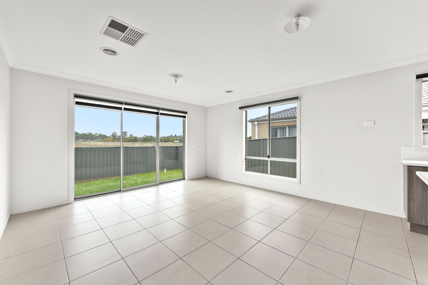 62 Fortuna  Crescent, Cranbourne West VIC 3977, Image 2