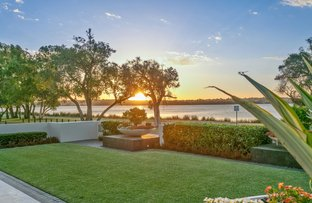 Picture of 79 Melville Beach Road, Applecross WA 6153