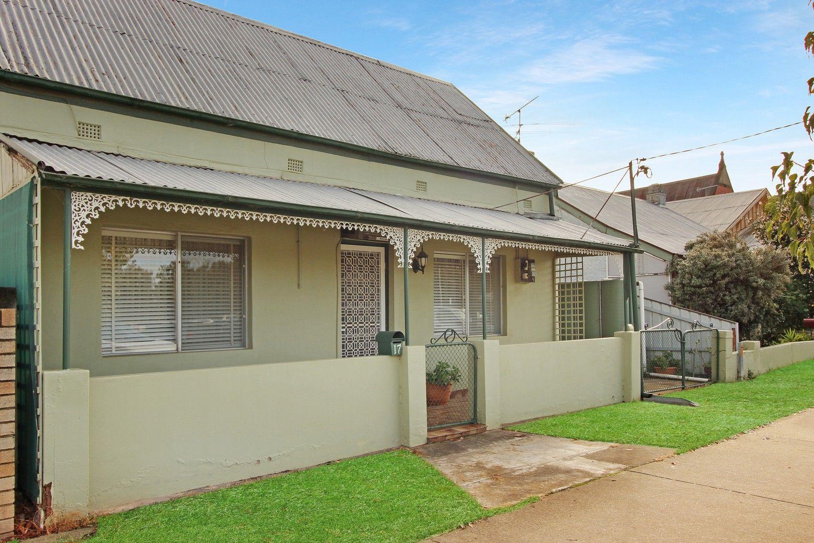 17 Cross Street, Wagga Wagga NSW 2650, Image 0