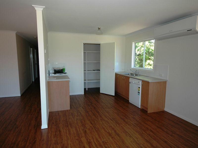 24 Byron Street, Alpha QLD 4724, Image 1