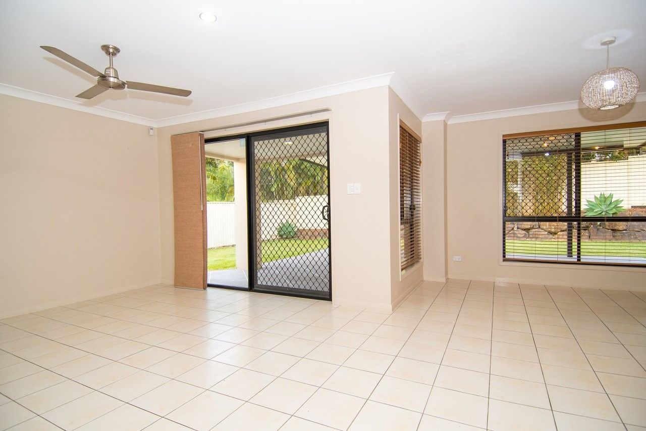 97 Tiger Drive, Arundel QLD 4214, Image 2