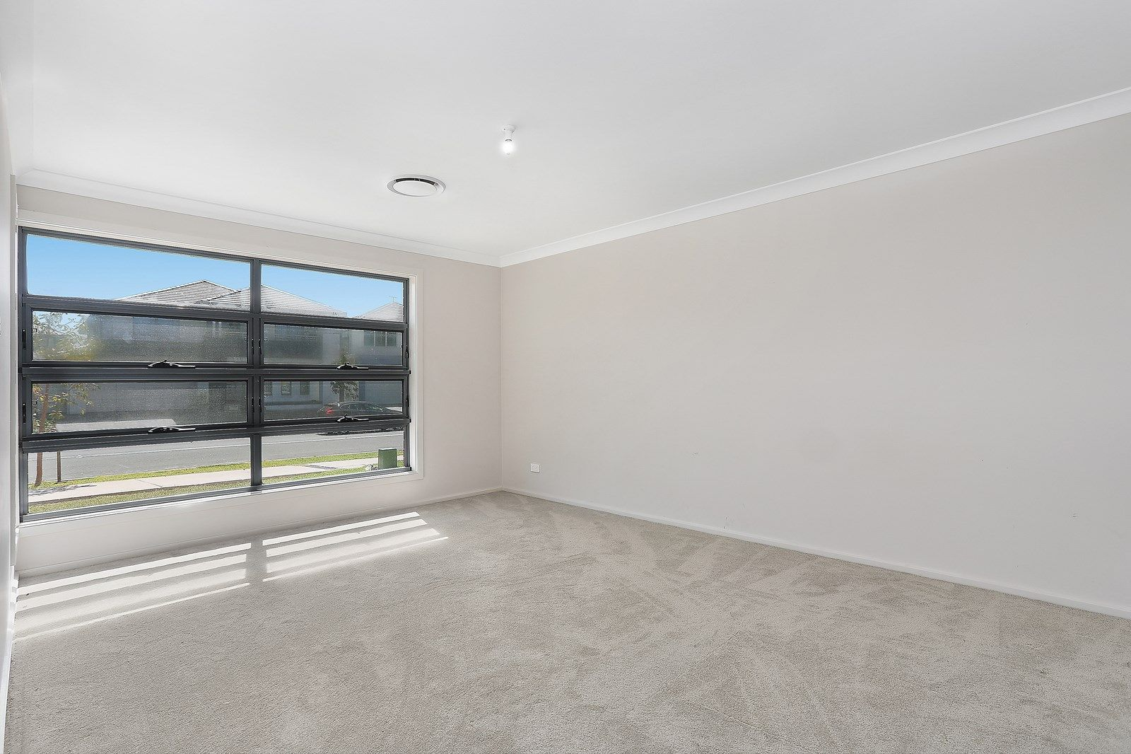 121 Maddecks Avenue, Moorebank NSW 2170, Image 2