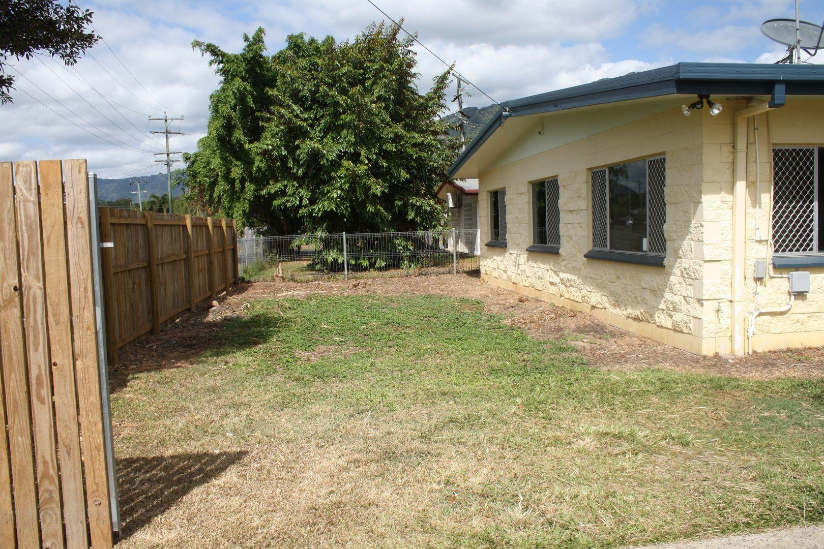 117 Enmore Street, Manoora QLD 4870, Image 2