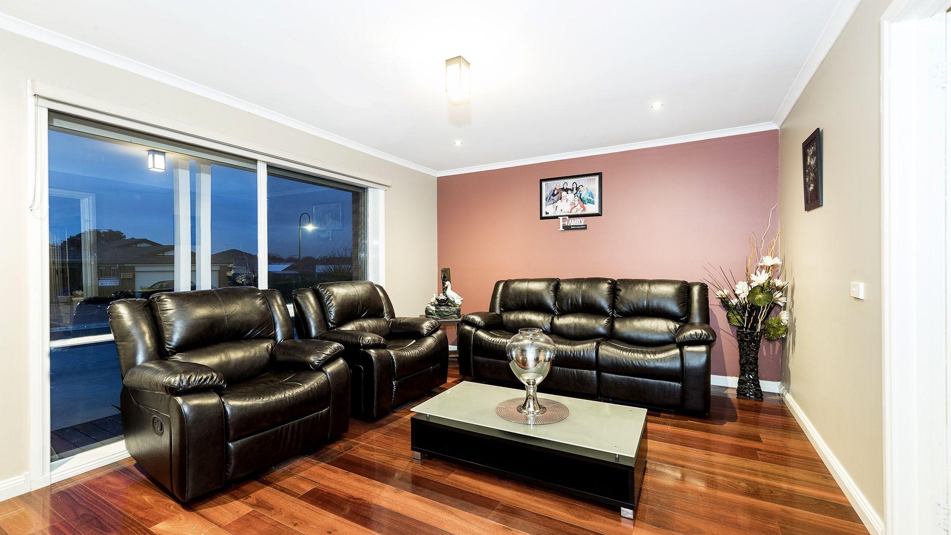 5 Abbott Court, Craigieburn VIC 3064, Image 2
