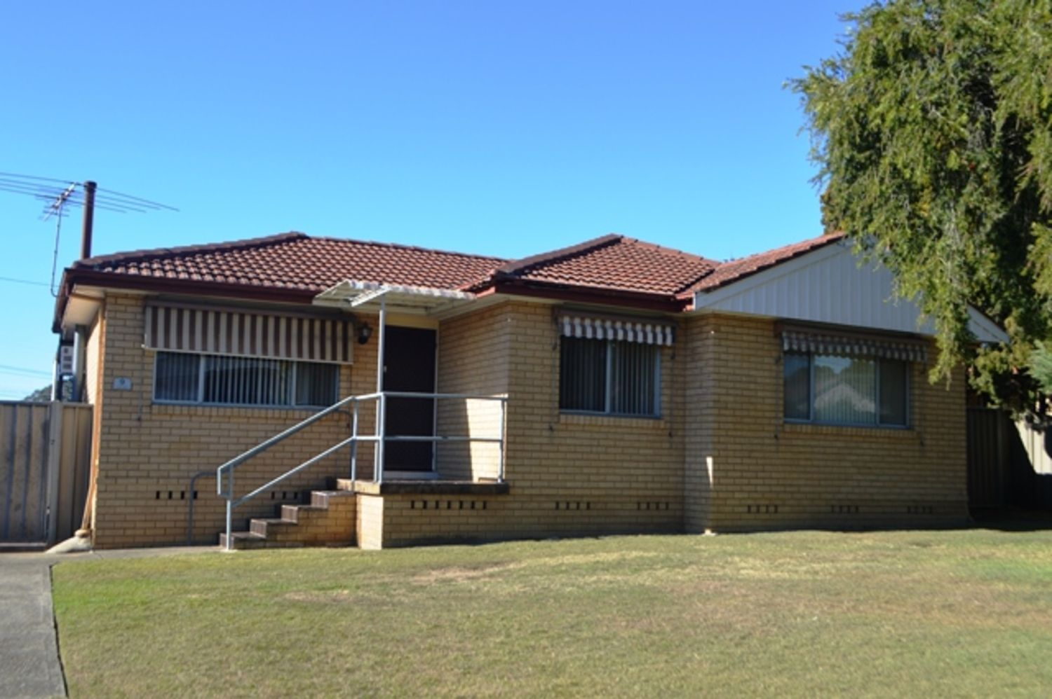 9 Munmora Place, Oxley Park NSW 2760, Image 0