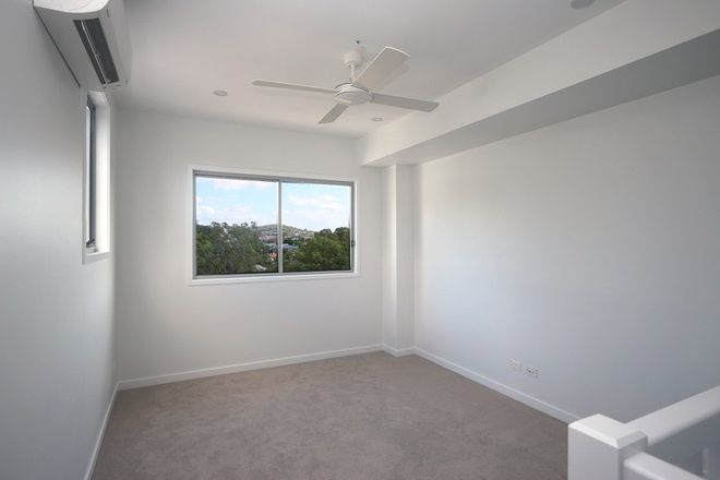 Picture of 6/96 Nicholson Street, GREENSLOPES QLD 4120