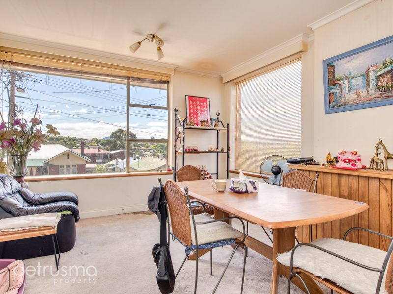 54 York Street, Sandy Bay TAS 7005, Image 2