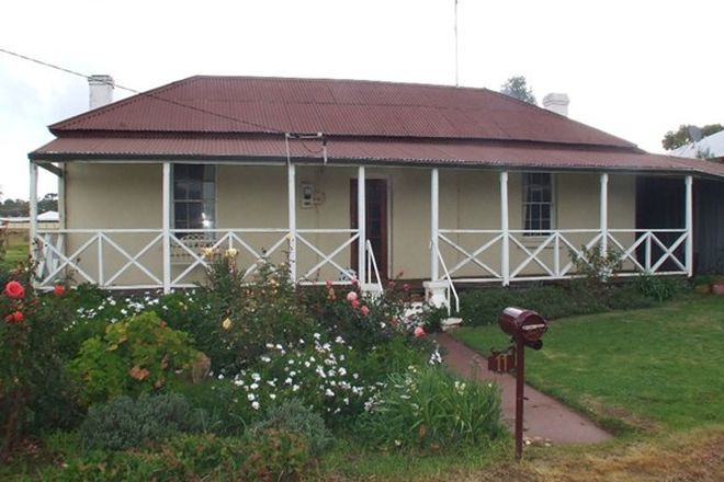 Picture of 11 Tenth Road, YORK WA 6302