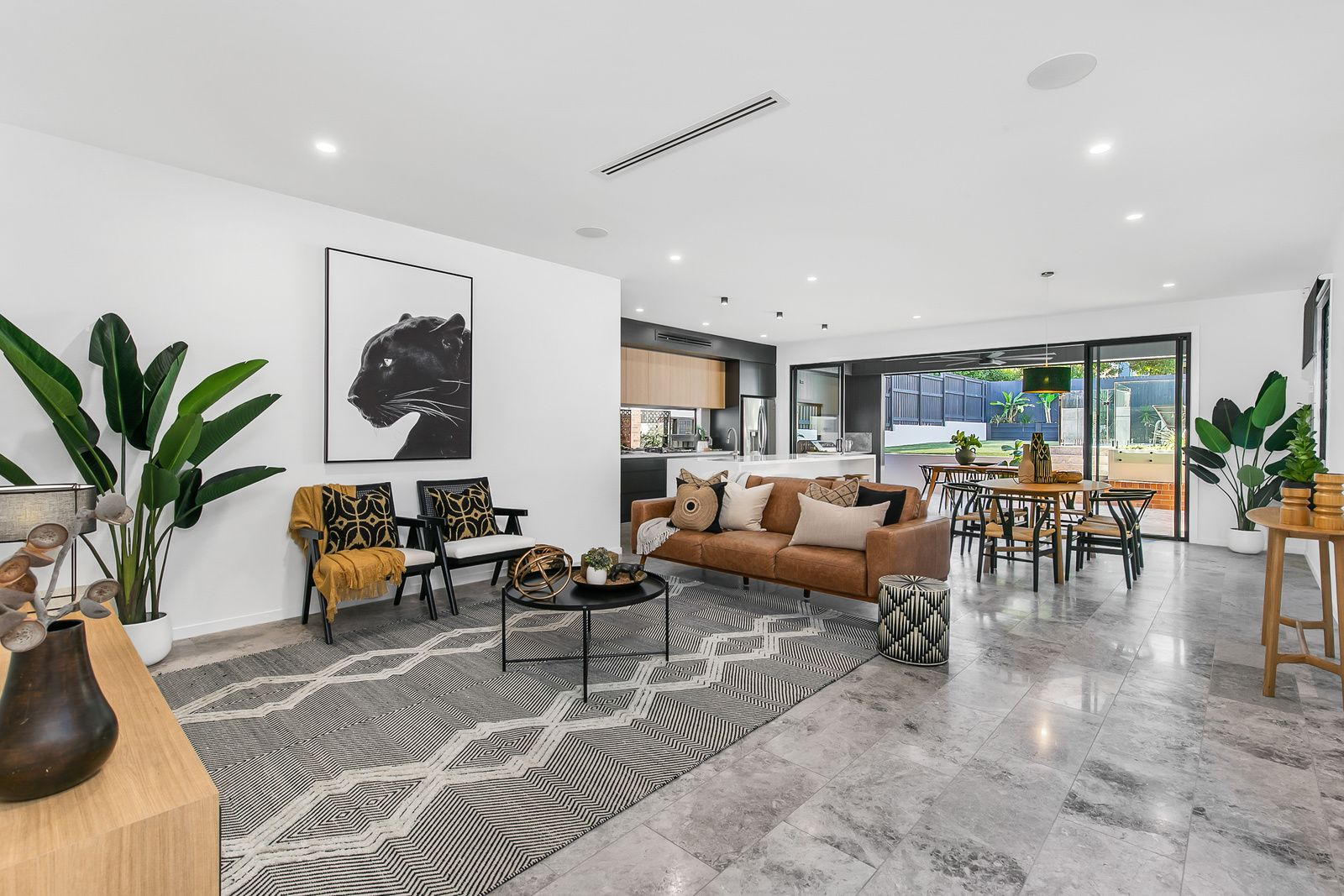 144 Morehead Avenue, Norman Park QLD 4170, Image 2