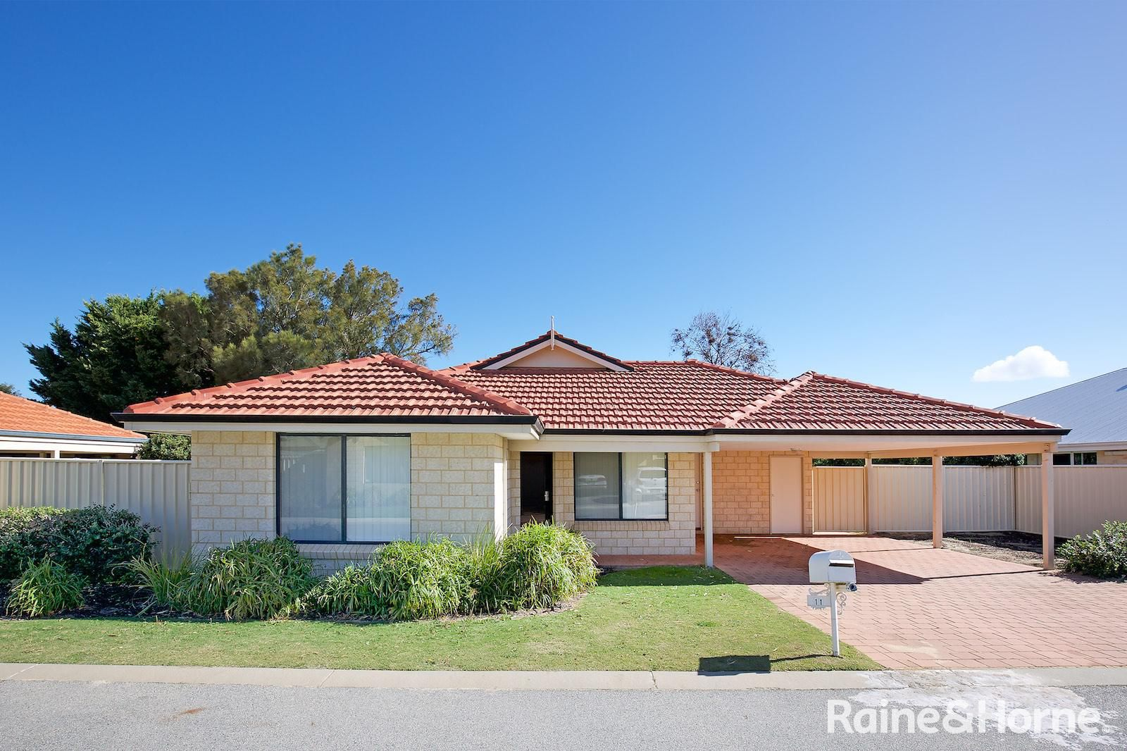 11 Golden Grove, Coodanup WA 6210, Image 0