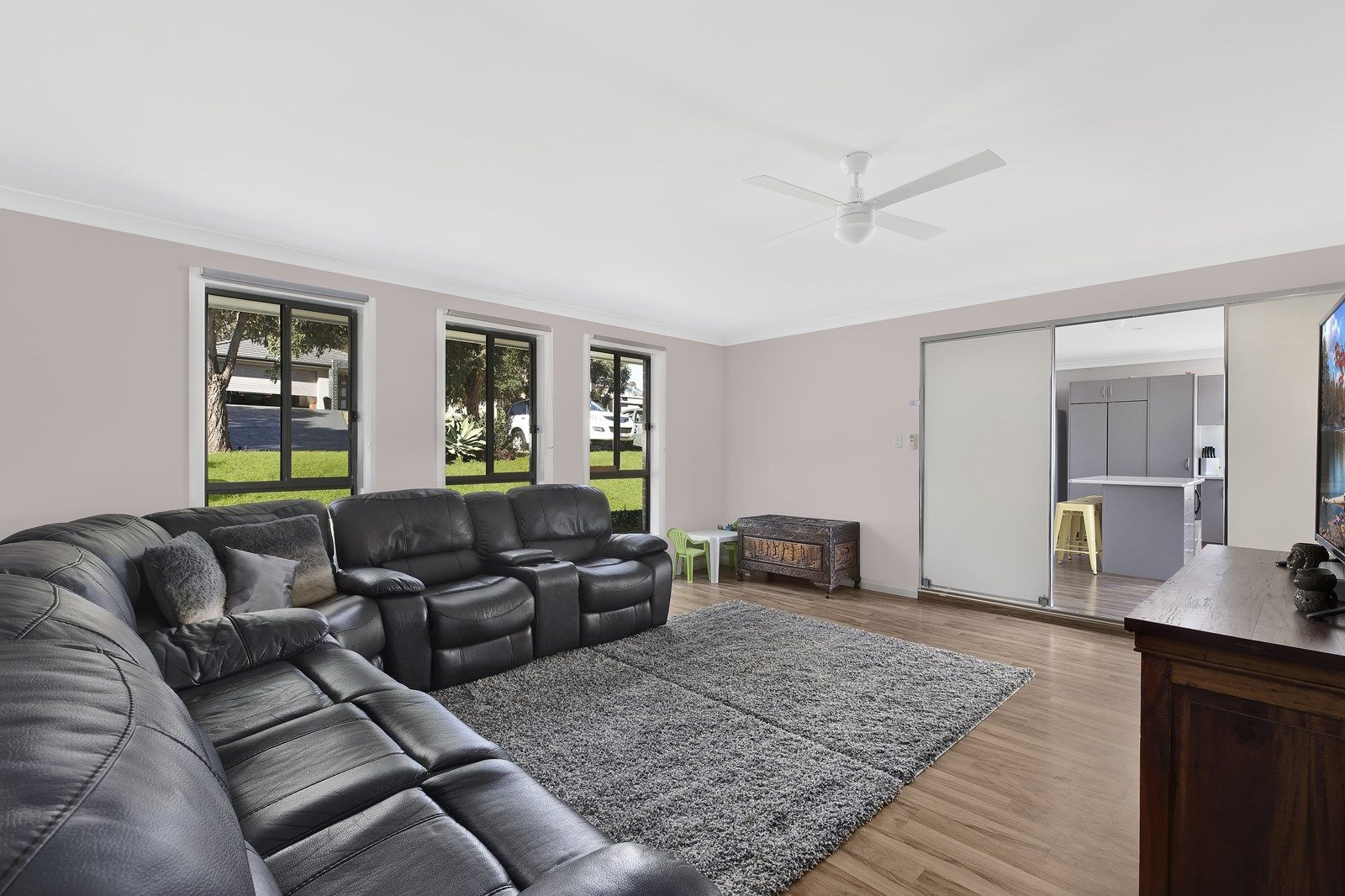 15 Weaver Crescent, Watanobbi NSW 2259, Image 2