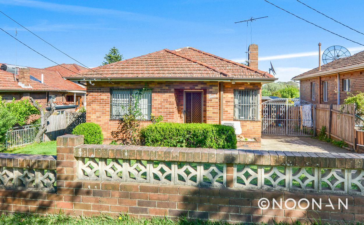 4 Kardella Crescent, Narwee NSW 2209, Image 0