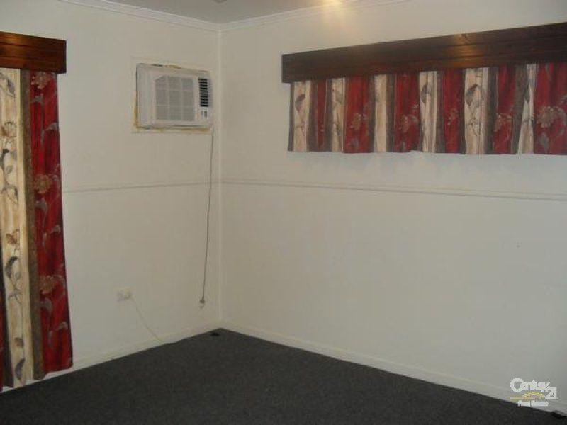 7 Talbot Street, Blackwater QLD 4717, Image 1
