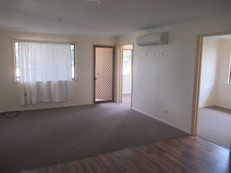 83 Arthur Street, Dalby QLD 4405, Image 2