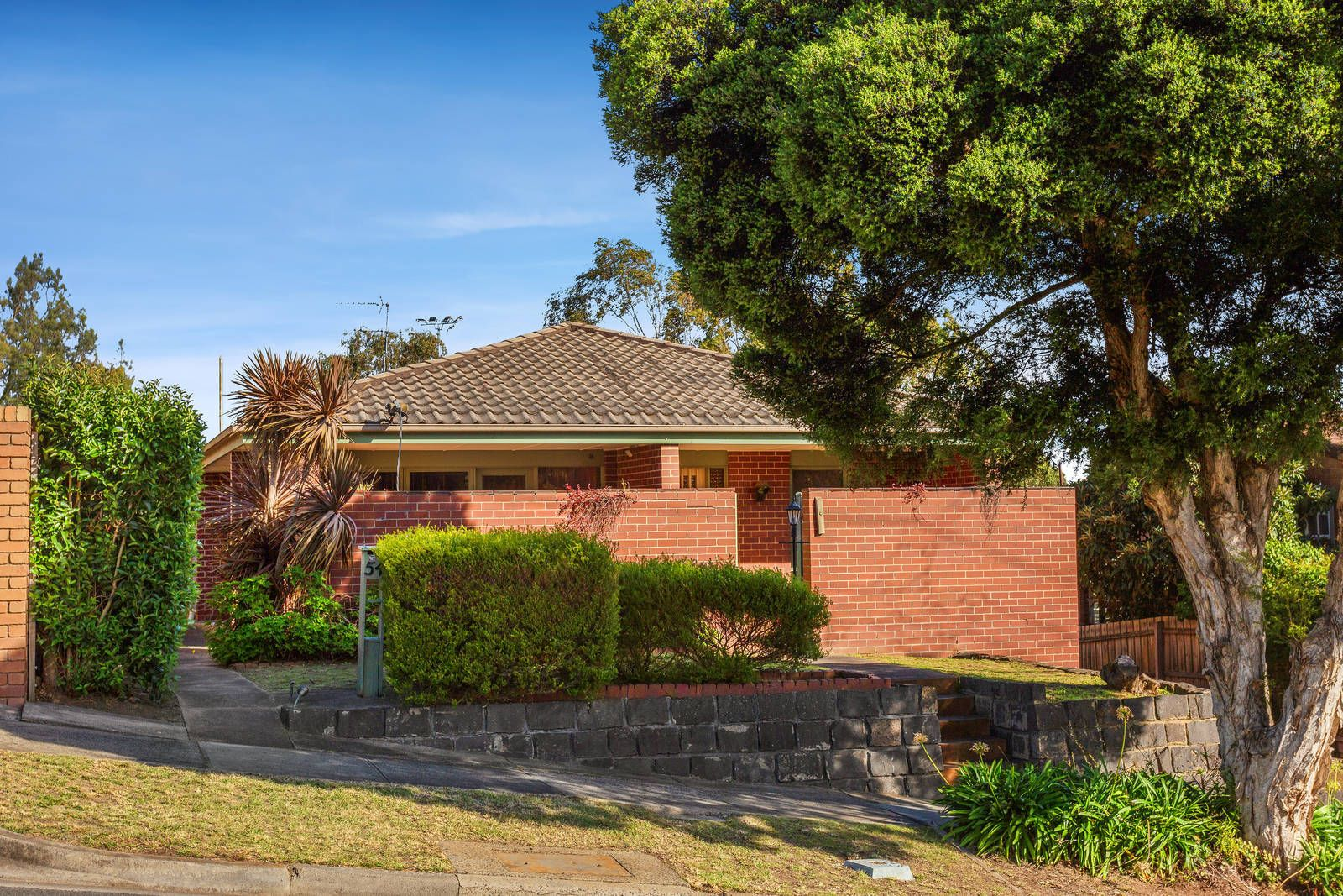 54 Rocklea Road, Bulleen VIC 3105, Image 0