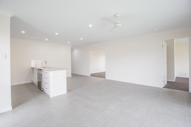 29 Murdoch Court, Pimpama QLD 4209, Image 2