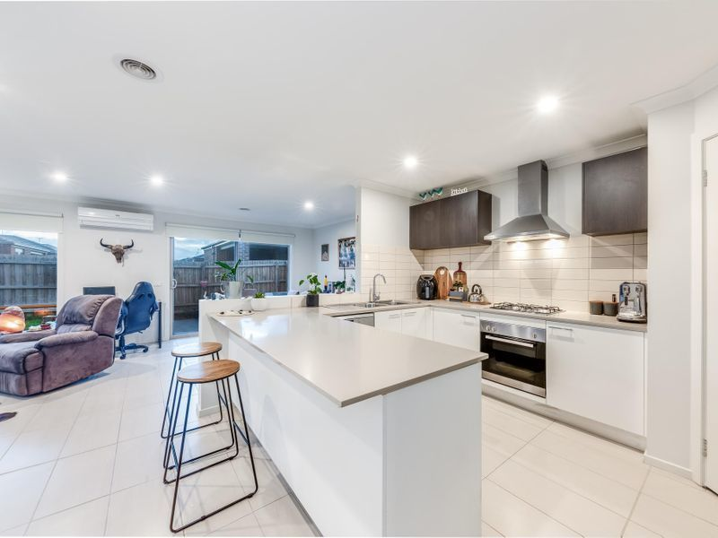 6 Spoonbill Drive, Armstrong Creek VIC 3217, Image 0