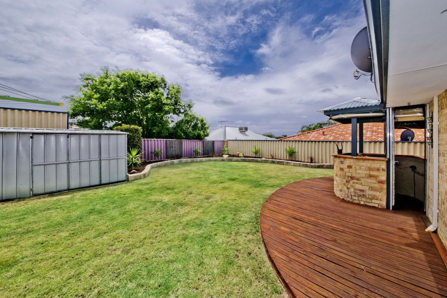 7 St Quentin Parkway, Alexander Heights WA 6064, Image 1