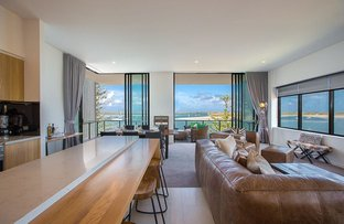 Picture of 502 Marine Parade, Biggera Waters QLD 4216