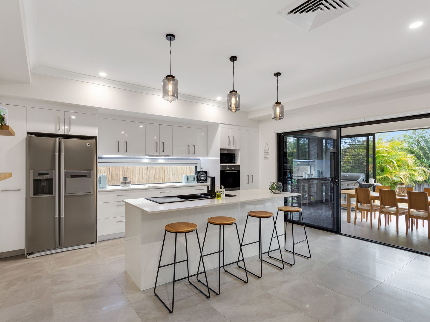4 Mistral Lane, Coomera Waters QLD 4209, Image 2