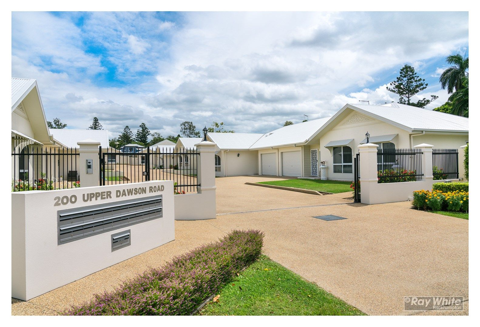 2/200 Upper Dawson Road, The Range QLD 4700, Image 0