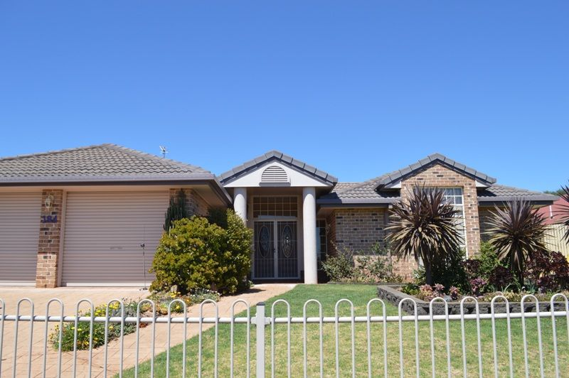 194 Stenner Street, Middle Ridge QLD 4350, Image 0