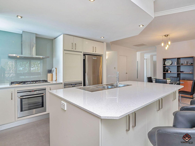 117/20-28 Bayview Street, Runaway Bay QLD 4216, Image 0