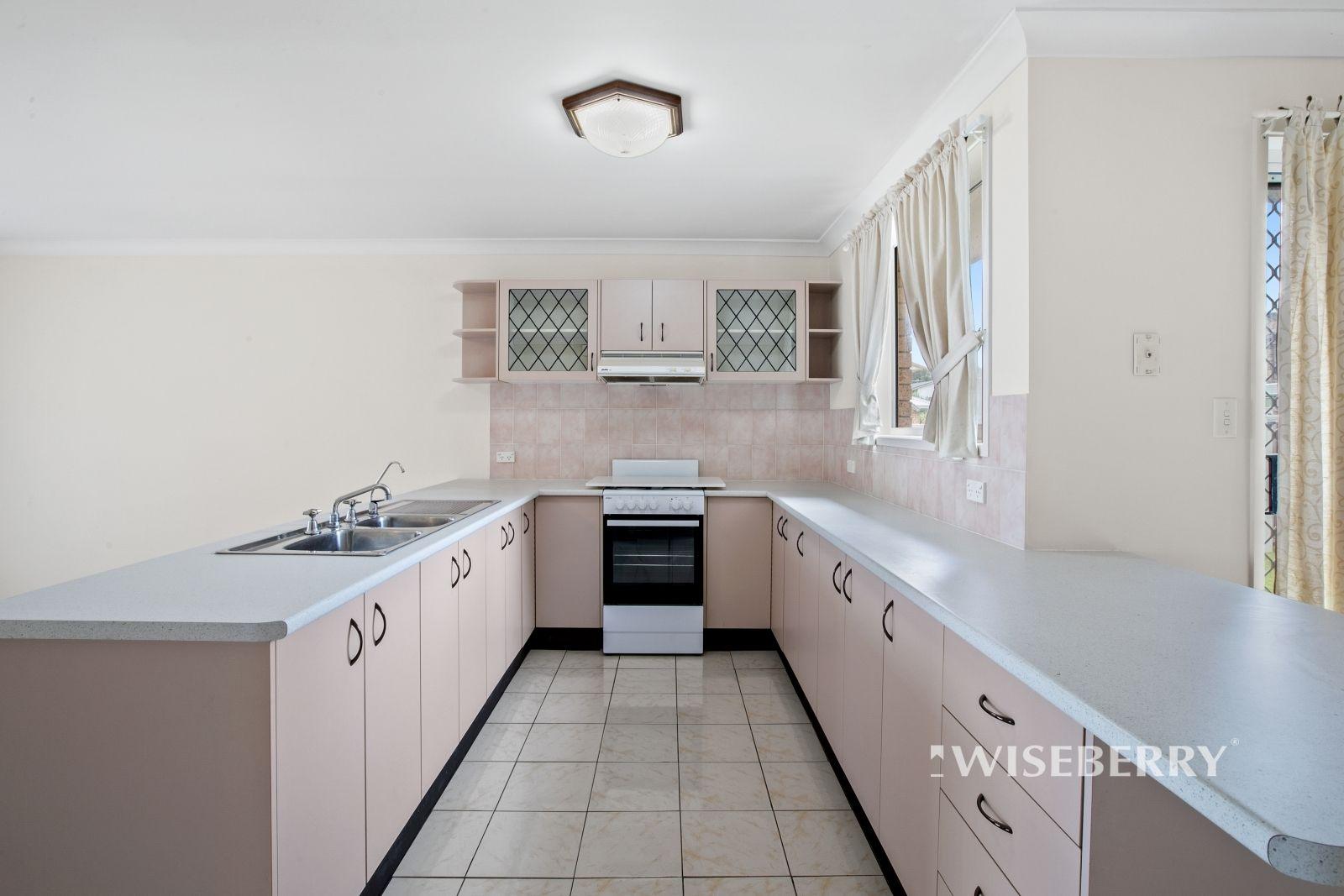 8 Lygon Street, Lake Haven NSW 2263, Image 1