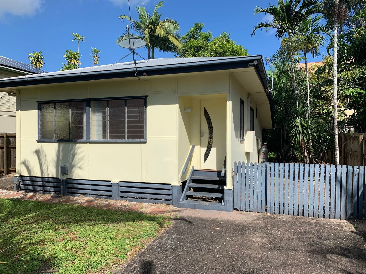 351 McLeod Street, Cairns North QLD 4870, Image 0