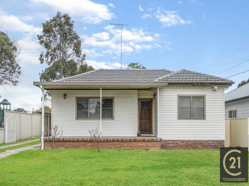 20 Derbyshire Avenue, Toongabbie NSW 2146, Image 0