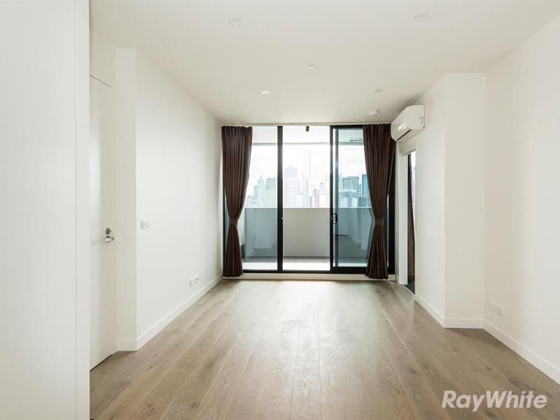 1406/89 Gladstone Street, South Melbourne VIC 3205, Image 2