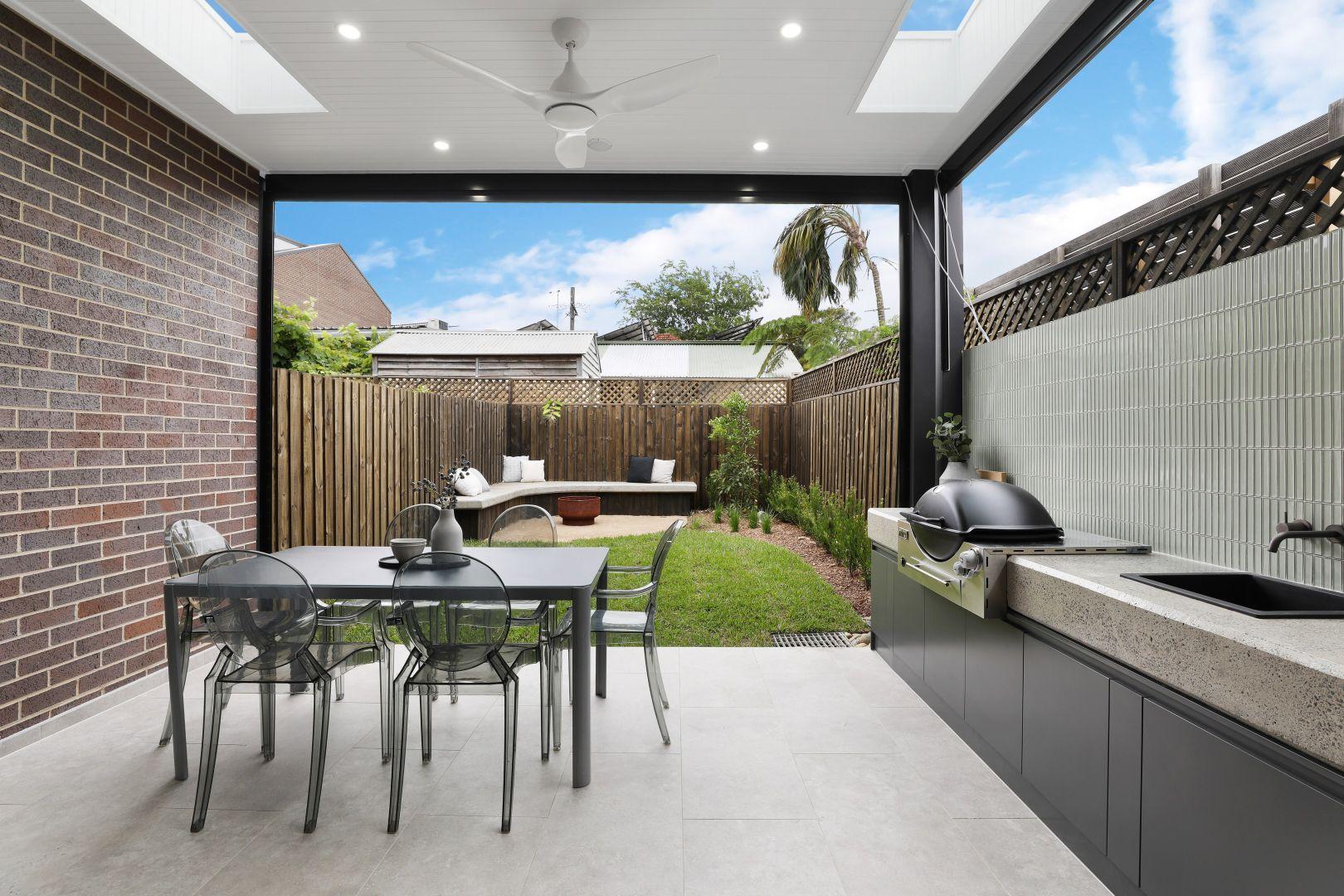 28 Commodore Street, Newtown NSW 2042, Image 2