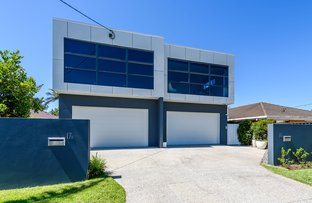 Picture of 1/17 Drake Avenue, Paradise Point QLD 4216