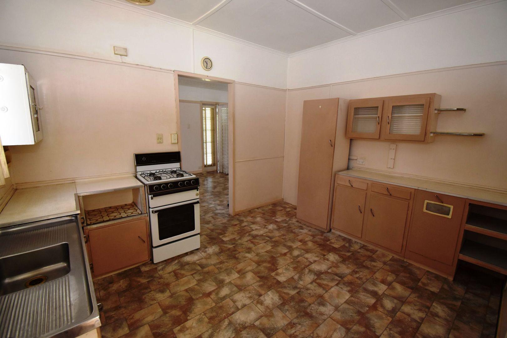 25 Leach Street, Everton Park QLD 4053, Image 2