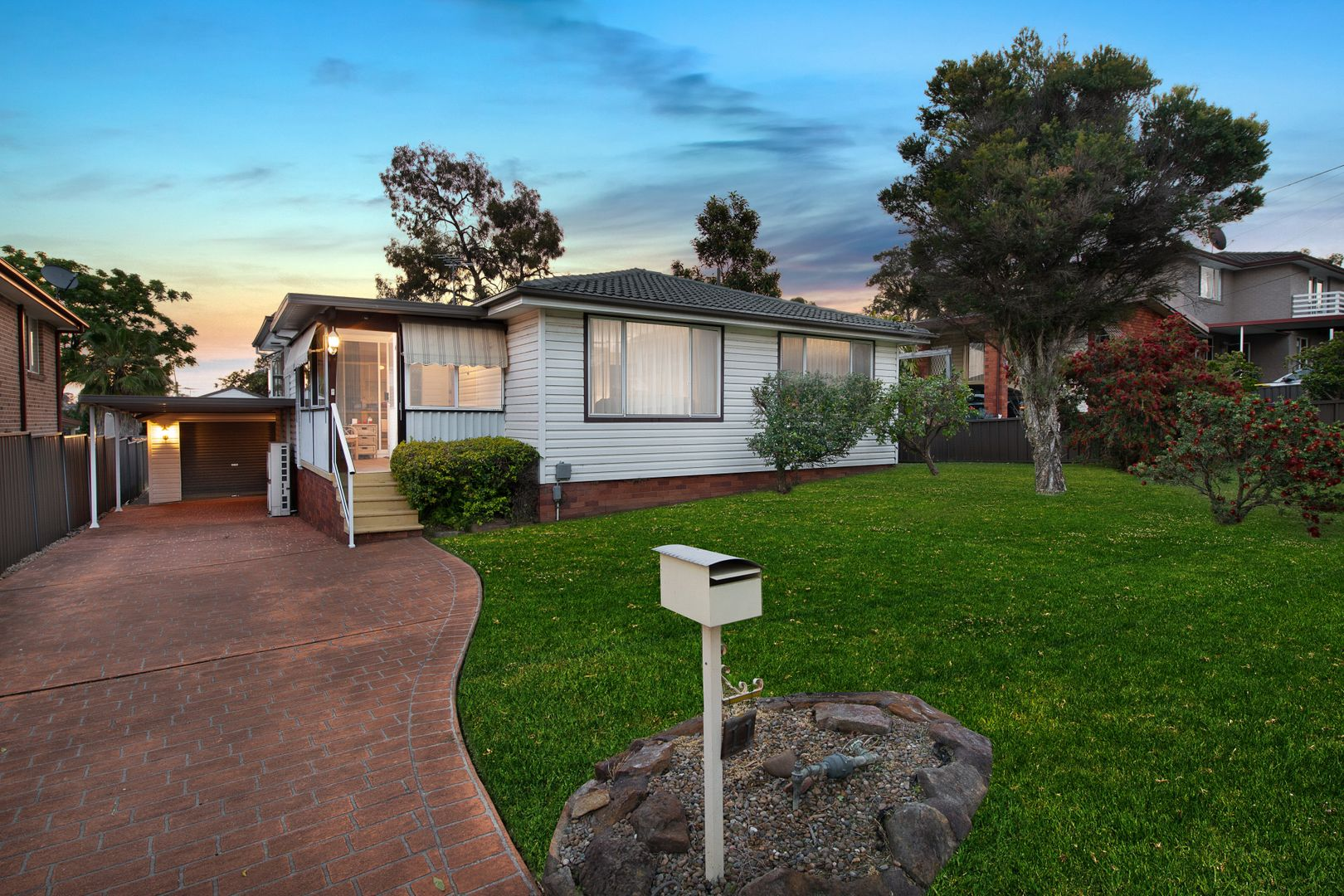 11 Huron Place, Seven Hills NSW 2147, Image 0