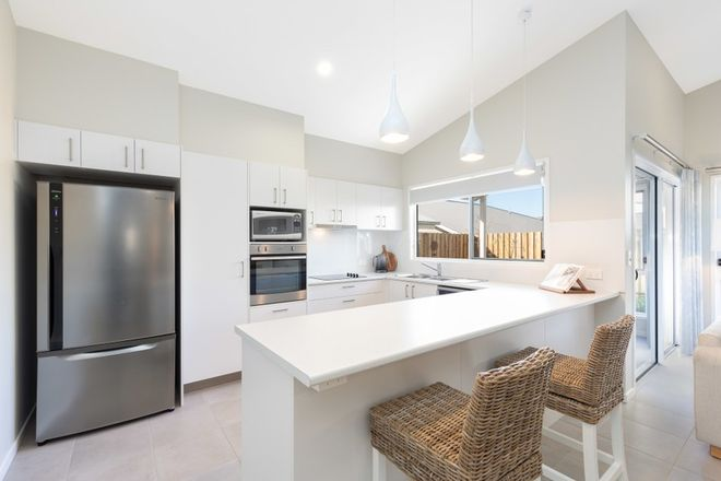 Picture of 74/2-20 Island View Drive, URANGAN QLD 4655