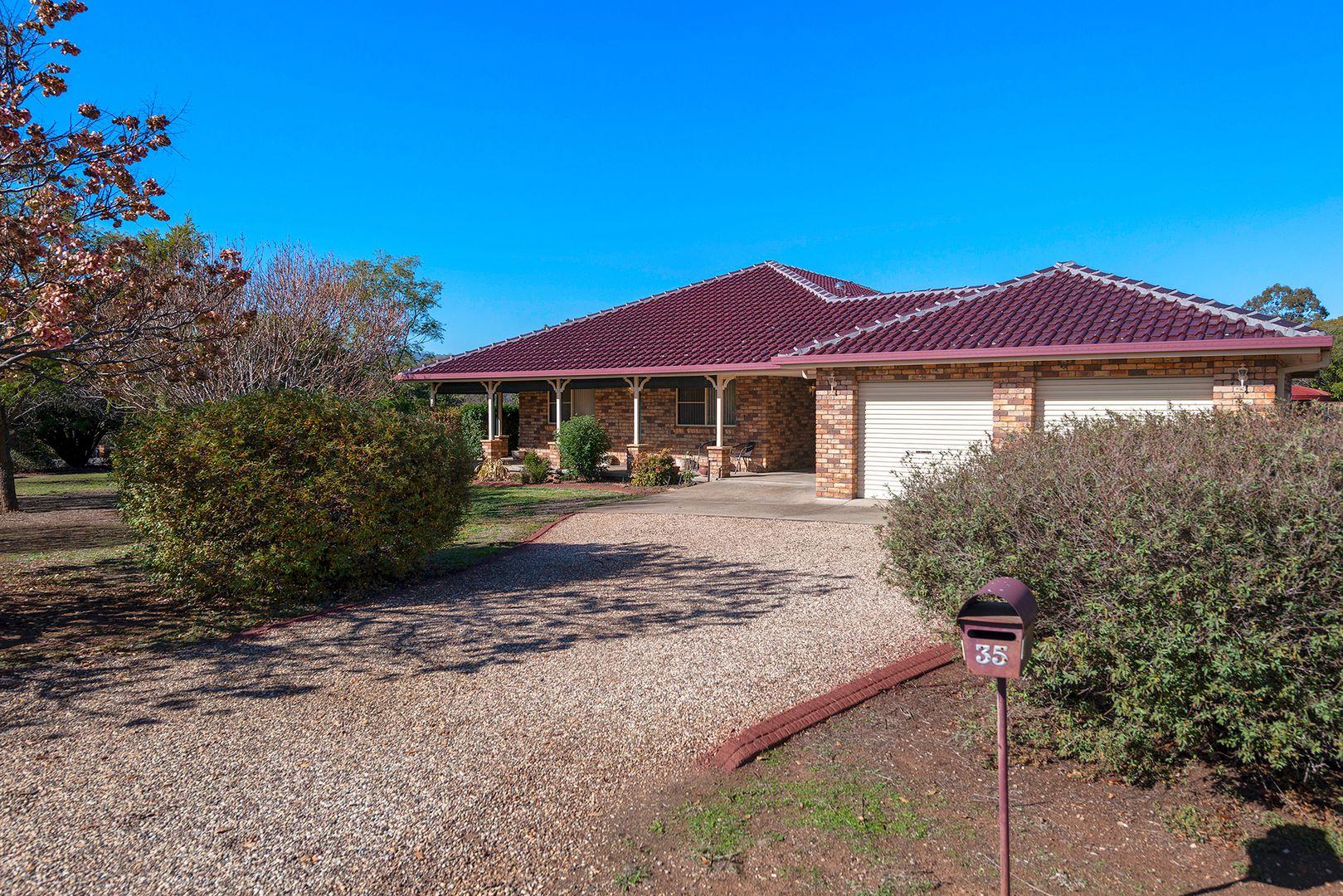 35 Gray Street, Scone NSW 2337, Image 1