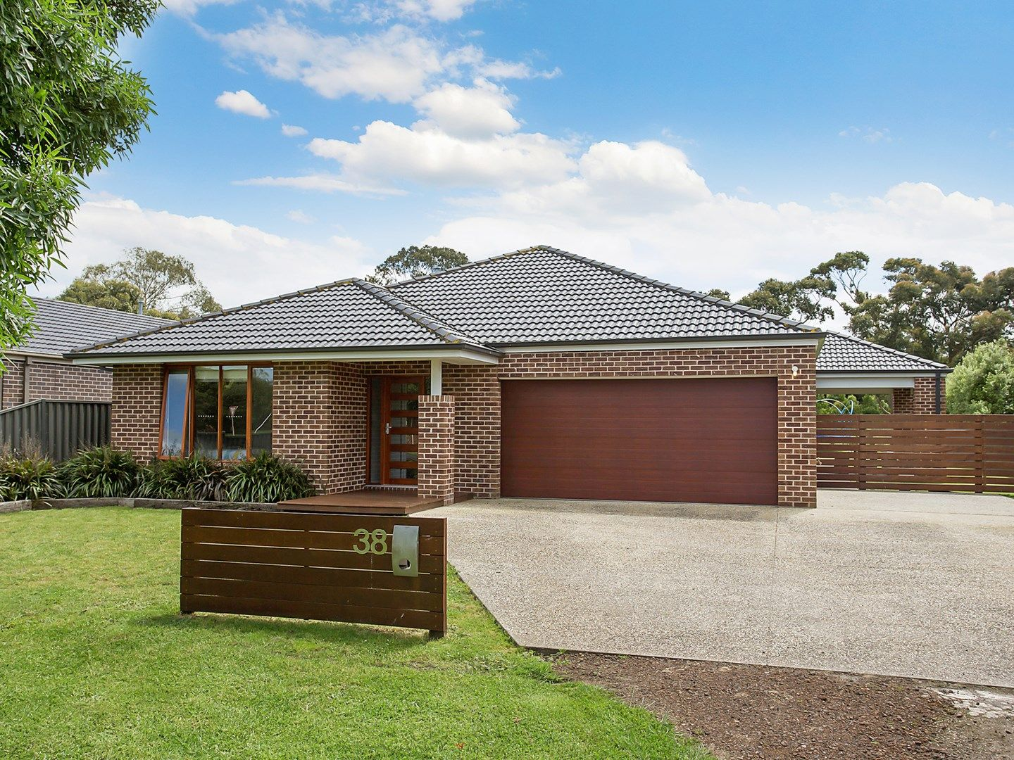 38 Shenfield Street, Cobden VIC 3266, Image 0