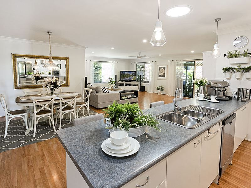 26 Ferndale Place, Upper Kedron QLD 4055, Image 1