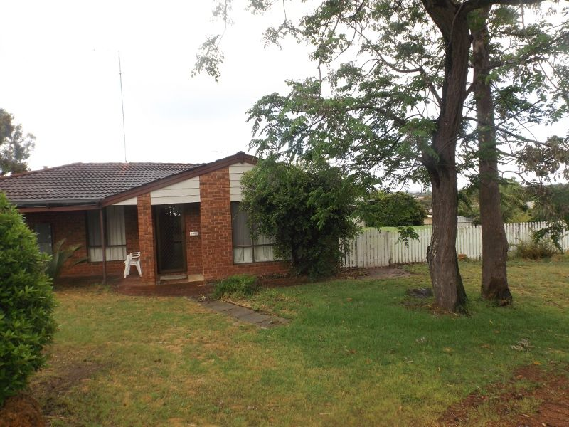 Stirling Cl, Swan View WA 6056, Image 0