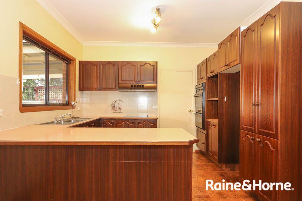 19 Colville Street, Windradyne NSW 2795, Image 2
