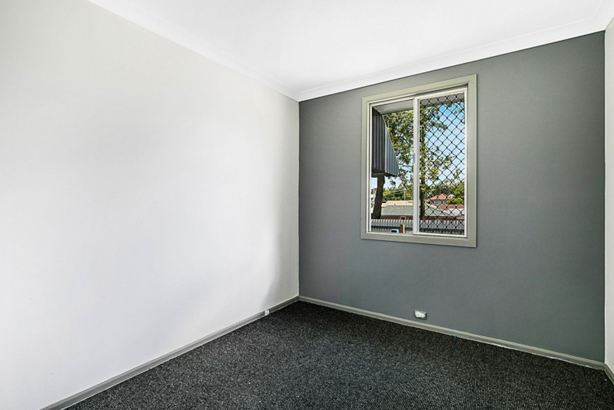 293A James, Newtown QLD 4350, Image 2