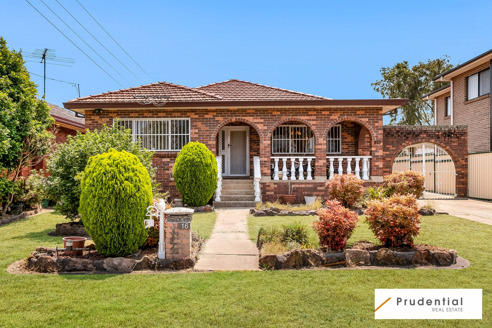16 Smith Crescent, Liverpool NSW 2170, Image 0