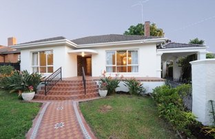 Picture of 2 Riverside Avenue, Balwyn North VIC 3104