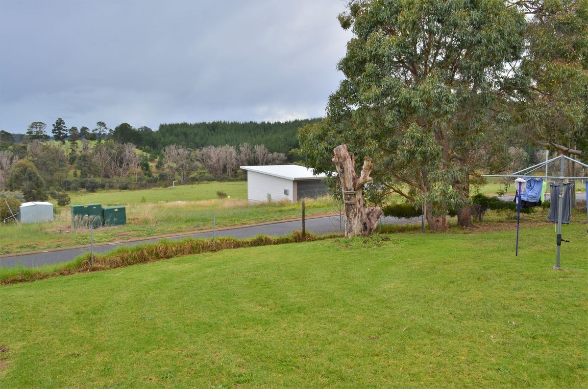 19 Dunnet Road, Nannup WA 6275, Image 1