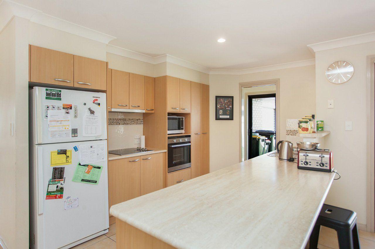 7 Yellowfin Avenue, Old Bar NSW 2430, Image 2