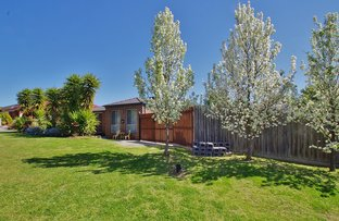 Picture of 11 Olinda Park Rise, Lilydale VIC 3140